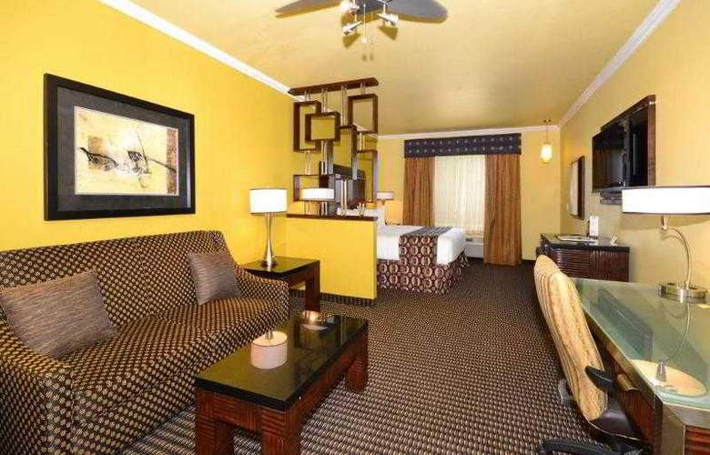 Best Western Plus Christopher Inn & Suites - Hotel - 75