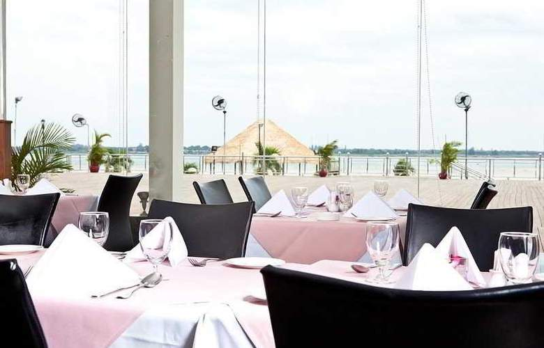 Cambodiana - Restaurant - 10