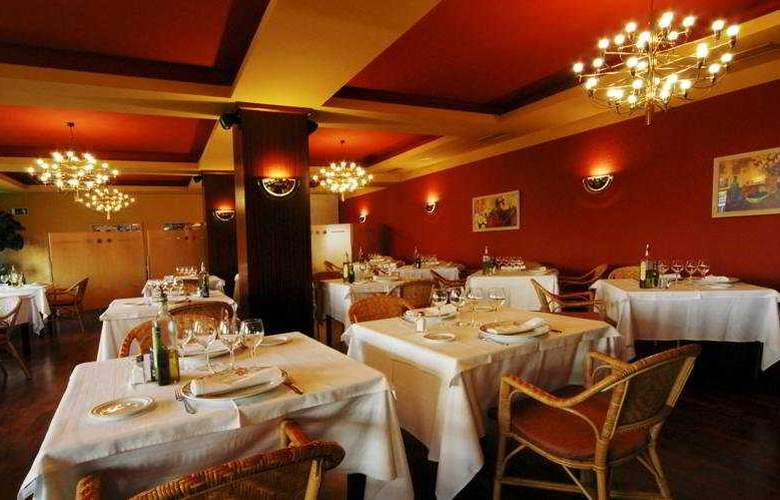 ibis Styles Figueres Ronda - Restaurant - 4