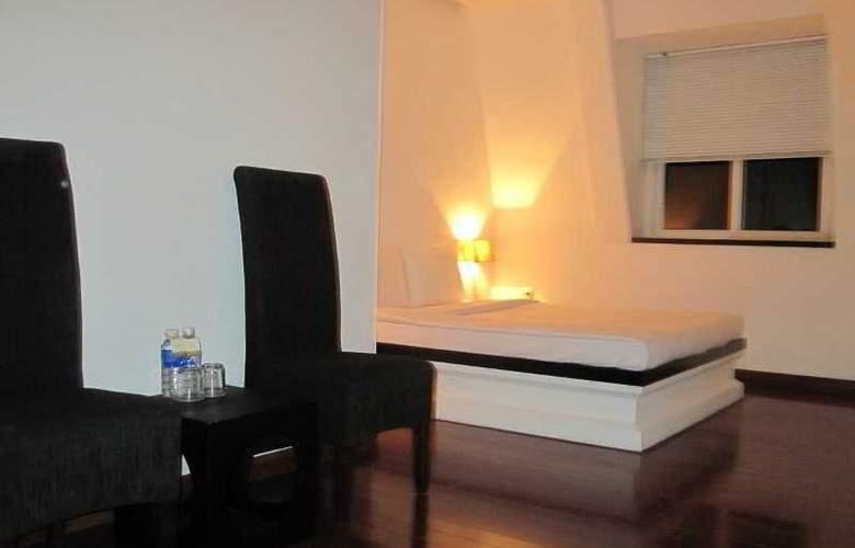 Paragon Villa Hotel - Room - 11
