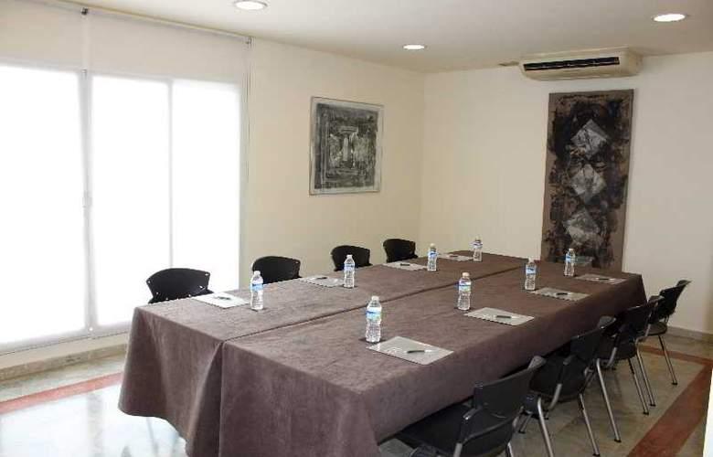 Aranea - Conference - 14