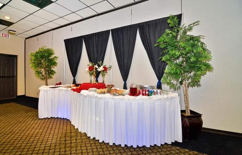 Best Western Saddleback Inn & Conference Center - Conference - 112