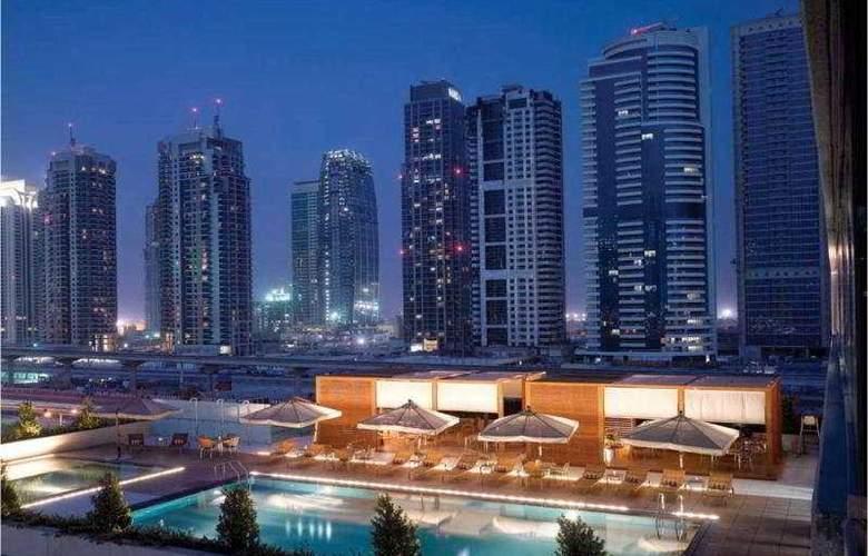 Radisson Blu Residence Dubai Marina - Pool - 4