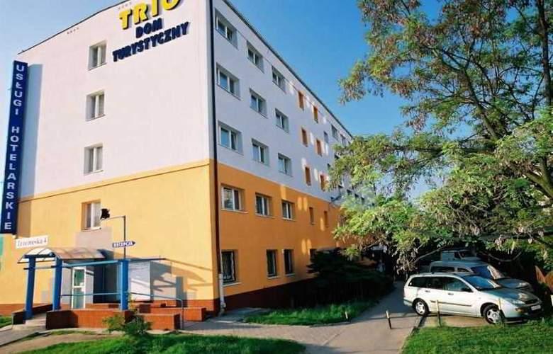 Trio Hostel - Hotel - 0