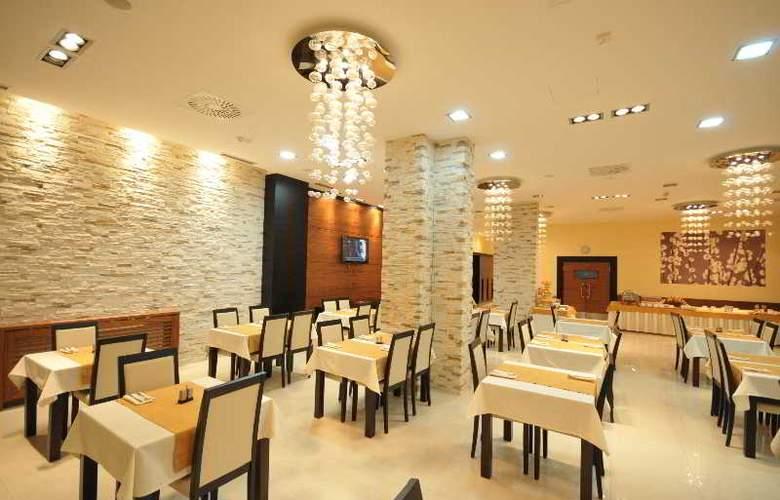 Nevski - Restaurant - 4