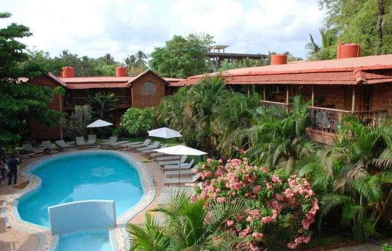 Seabreeze Resort - Pool - 3