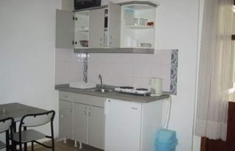Reishan Apartment - Room - 4