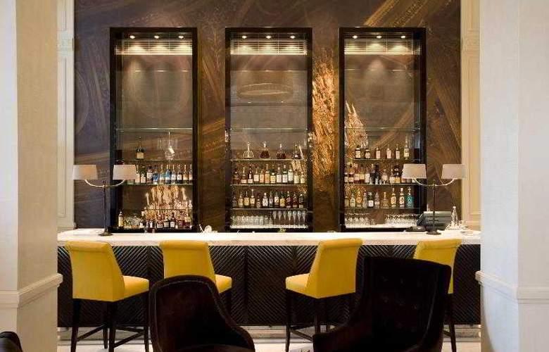 Trianon Palace Versailles, A Waldorf Astoria Hotel - Bar - 13