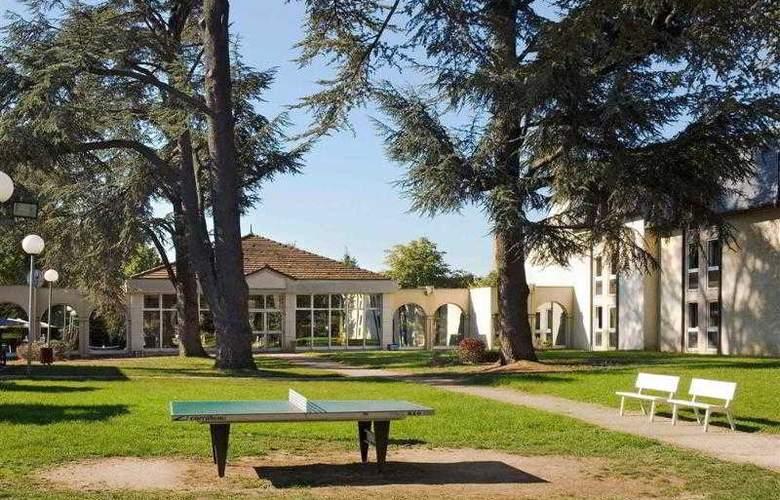 Mercure Le Coudray Montceaux Parc du Coudray - Hotel - 16