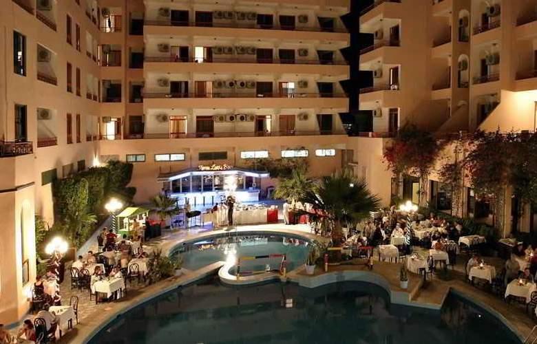 Triton Empire Hotel - Restaurant - 19
