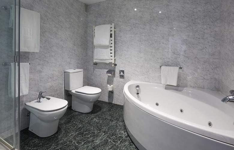 NH Collection Villa de Bilbao - Room - 14