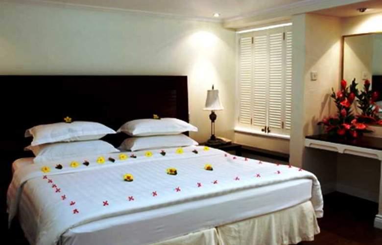 Royal by Rex Resorts - Room - 11