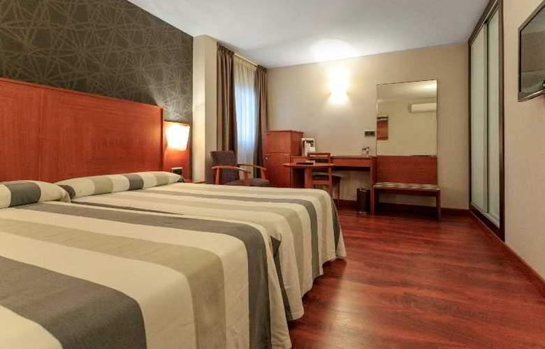 Nuevo Torreluz - Room - 39