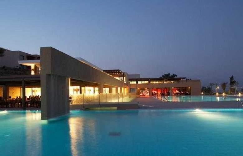 Carda Beach - Hotel - 0