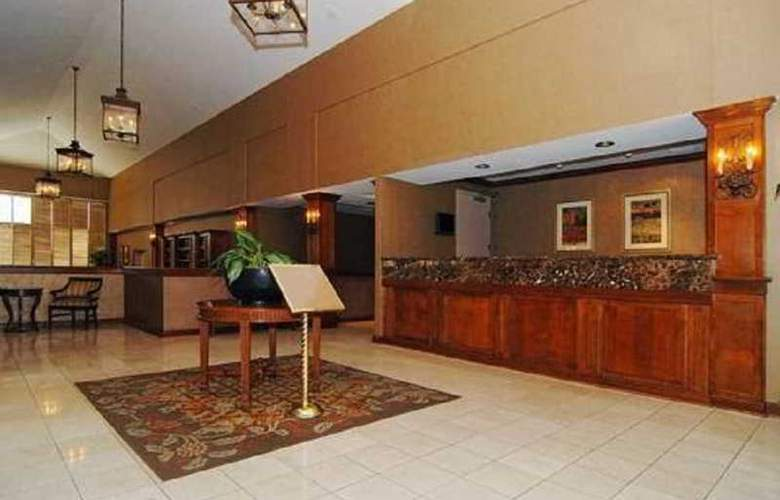 Comfort Inn Phoenix - General - 6