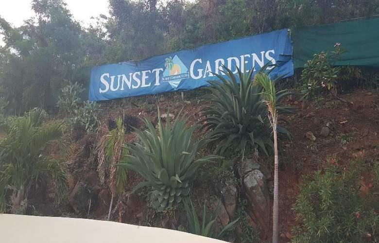 Sunset Gardens - Hotel - 8