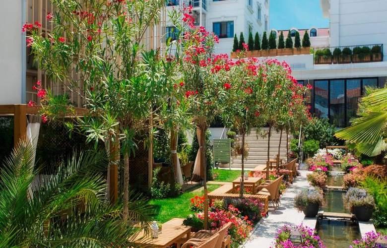 Sura Hagia Sophia Hotel - Terrace - 81
