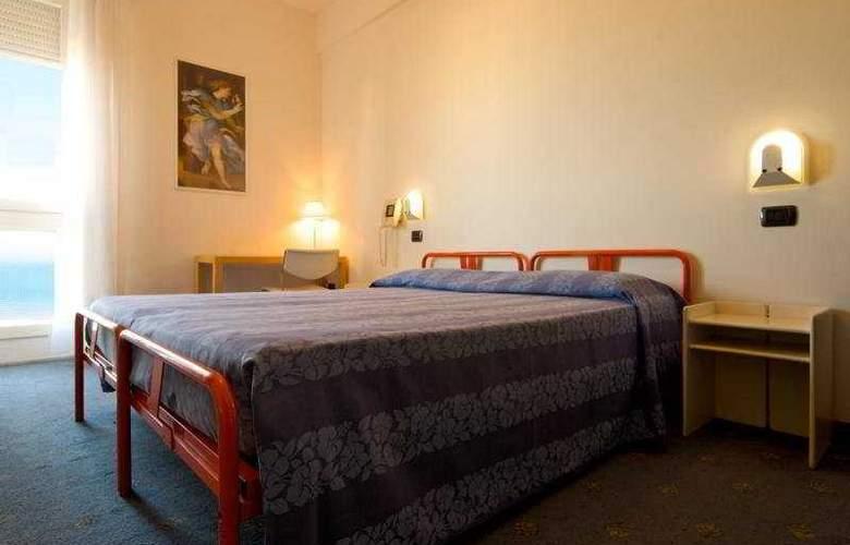 Nettuno Pesaro - Room - 3