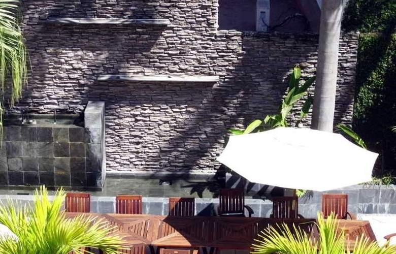 Rio Malecon - Terrace - 6