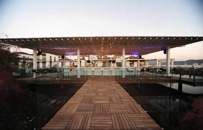 Jiva Beach Resort Fethiye - Bar - 21