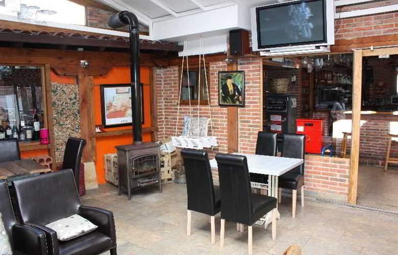 Hosteria San Emeterio - Bar - 3