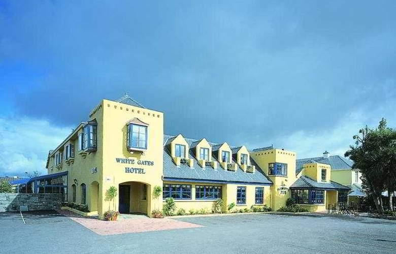 Whitegates Traditional Pub & Accommodation - Hotel - 0