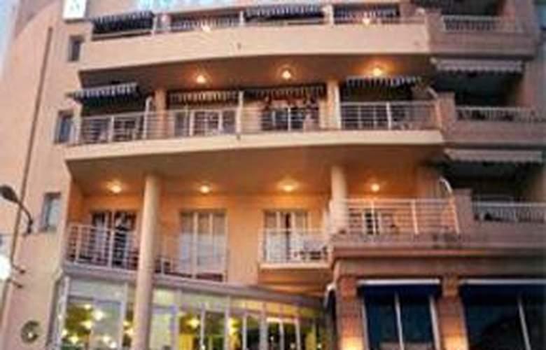 Oca Justo - Hotel - 1
