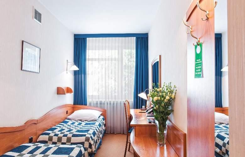 Pttk Wyspianski Hotel - Room - 12