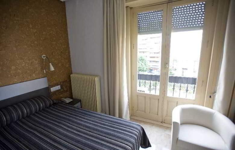 Altozano - Room - 6
