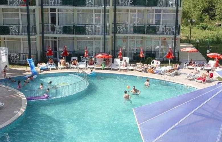 Sunny Day Club - Pool - 3