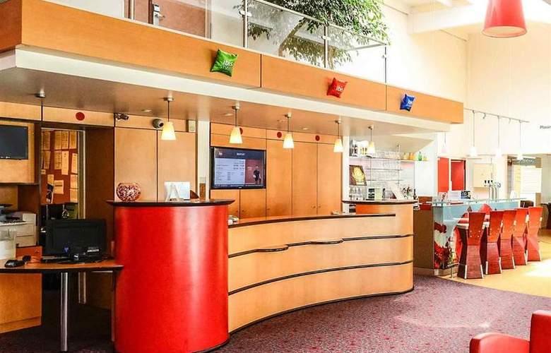 Ibis Rouen Parc Des Expos Zenith - Hotel - 3