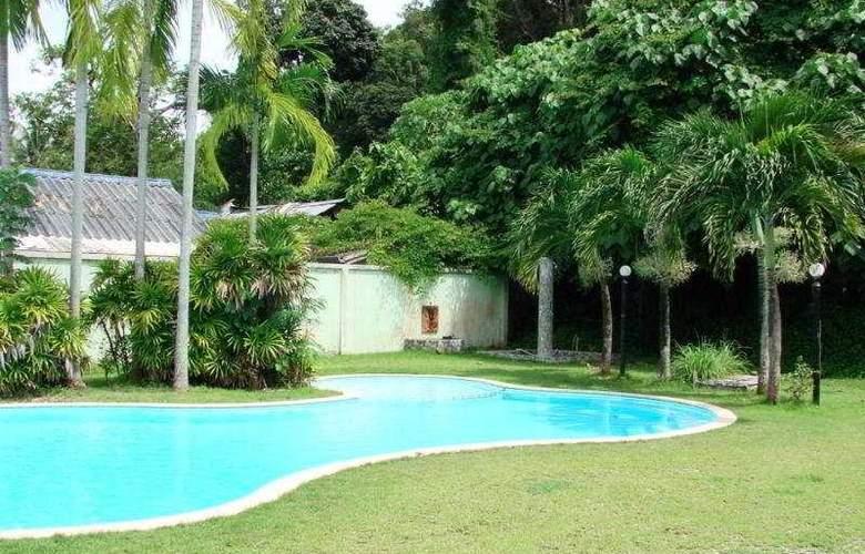 Ao Nang Beach Resort - Pool - 2
