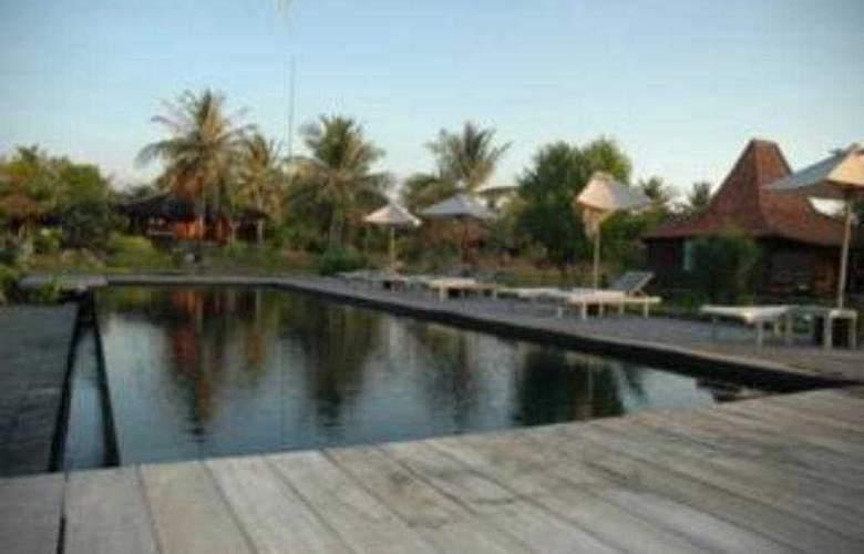 Desa Dunia Beda - Pool - 5