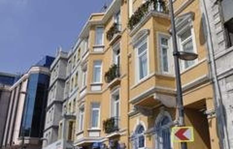 Santa Hill - Hotel - 0