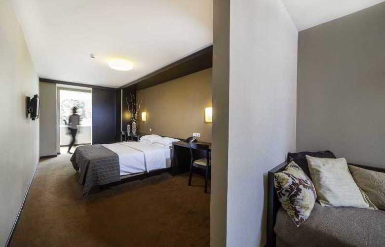 Expo Astoria - Room - 12