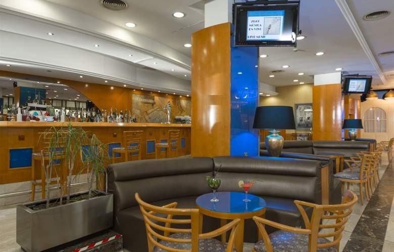 4R Gran Regina - Bar - 17
