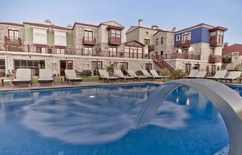 Kapari Hotel - Pool - 8