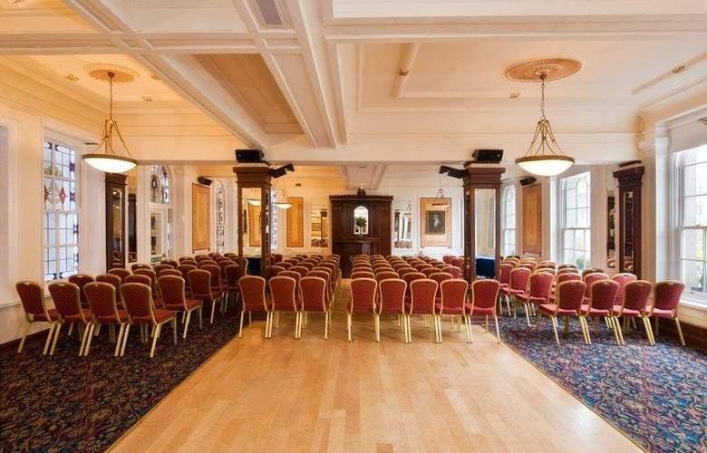Wynn's Hotel - Conference - 3