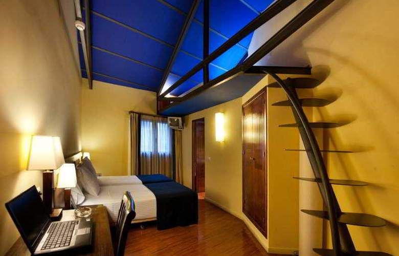 Abad Toledo - Room - 6