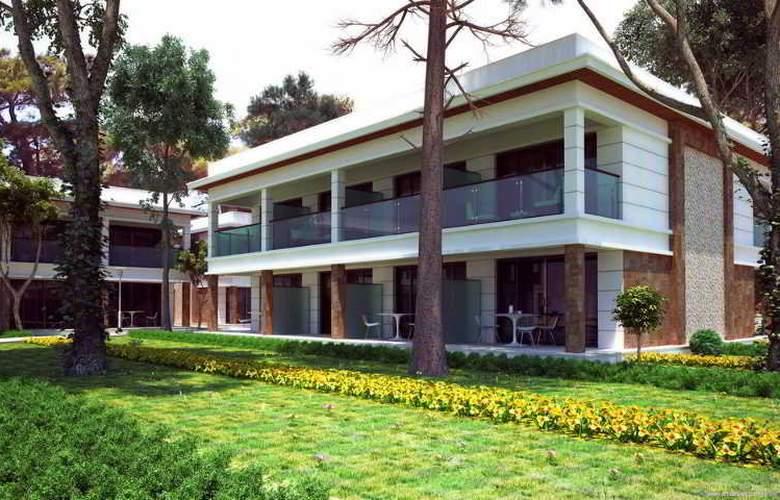Nirvana Lagoon Villas Suites & Spa - Hotel - 4