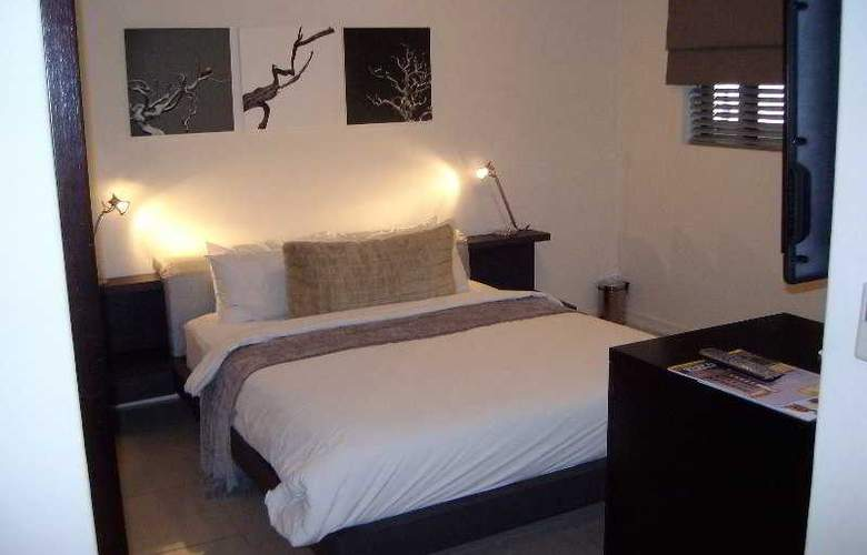 Urban Hip Hotels - The Nicol Hotels & Apartments - Room - 12