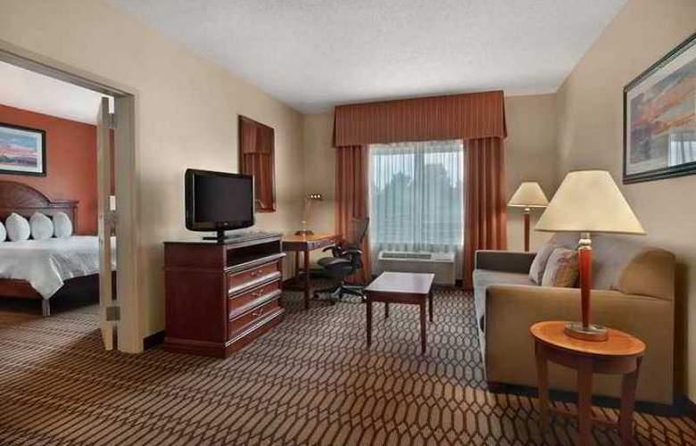 Hilton Garden Inn Birmingham- Lakeshore Drive - Hotel - 11