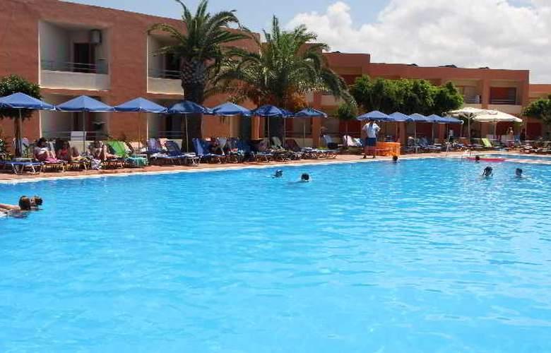 Rethymno Village - Pool - 8