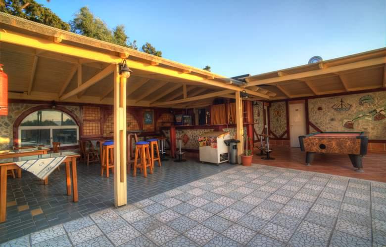 Sunny Days - Restaurant - 6