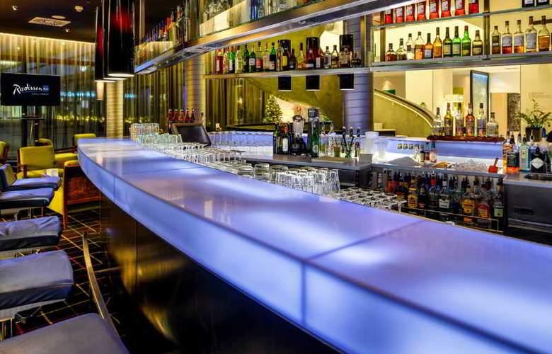 Radisson Blu Hamburg - Bar - 14