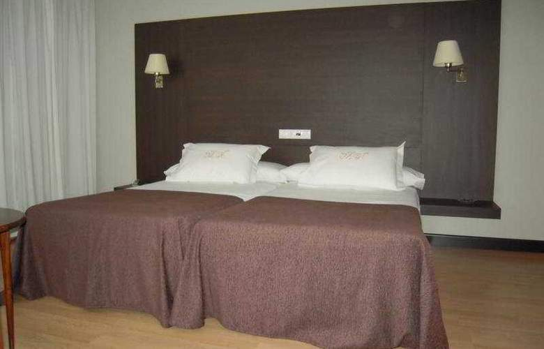 Mendez Nuñez - Room - 8