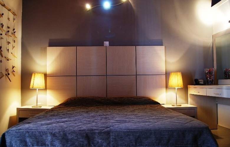 Angela´s House Hotel - Room - 5