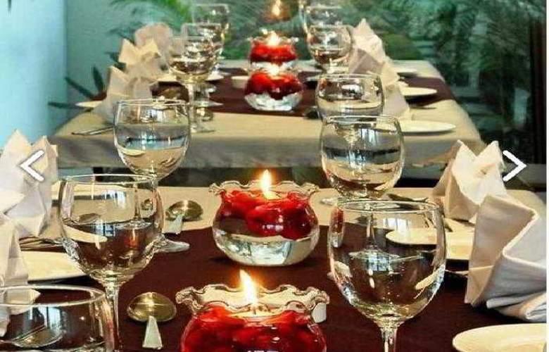 Marasa Sarovar Portico Rajkot - Restaurant - 10