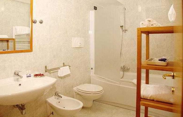 Best Western Blu Hotel Roma - Hotel - 12