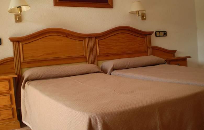 Roc Marbella Park - Room - 1